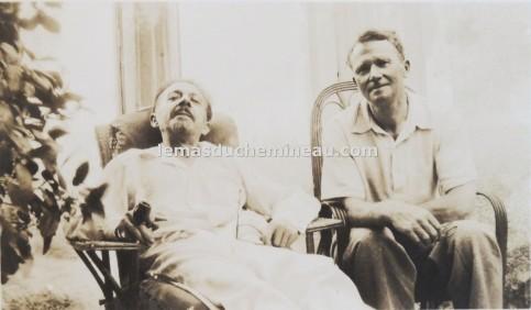 Théo Varlet et Malcolm MacLaren lors d'une visite de ce dernier au Mas du Chemineau en mai 1935. Collection Francisco Hermosín.