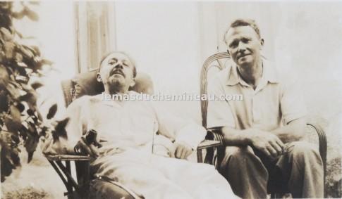 Théo Varlet y Malcolm MacLaren fotografiados durante la visita de este último a la Masía del Vagabundo en mayo de 1935. Colección de Francisco Hermosín